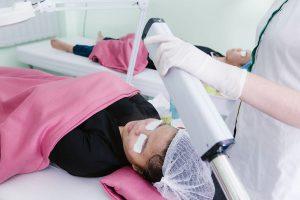 Phương pháp lấy nhân mụn y khoa