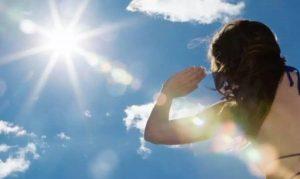 Bí Quyết Bảo Vệ Làn Da Khỏi Ánh Nắng Mặt Trời